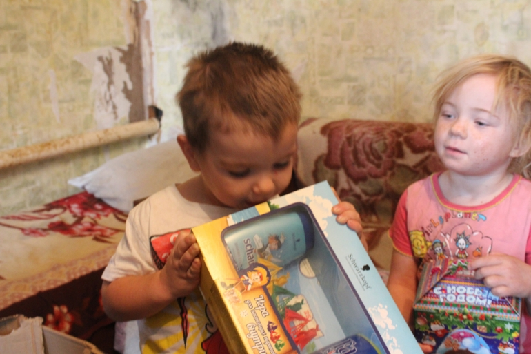 малообеспеченная многодетная семья в новосибирске термобелье
